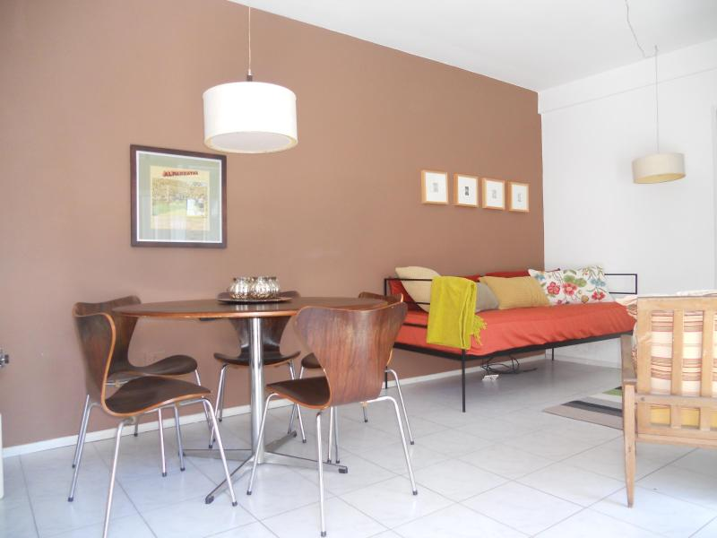 Open layout, original art and vintage furniture - Design apartment in best neighborhood of Rosario - Rosario - rentals