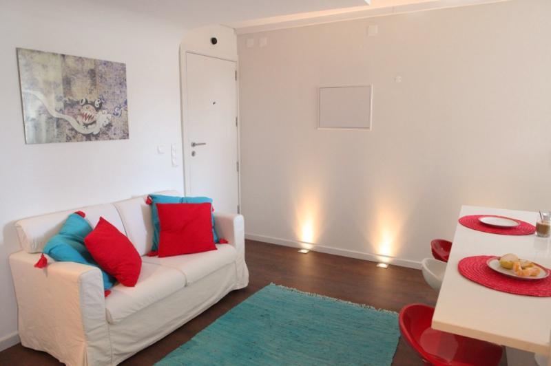 Apartment in Lisbon 234 - Santa Catarina/Bairro Alto - managed by travelingtolisbon - Image 1 - Lisbon - rentals