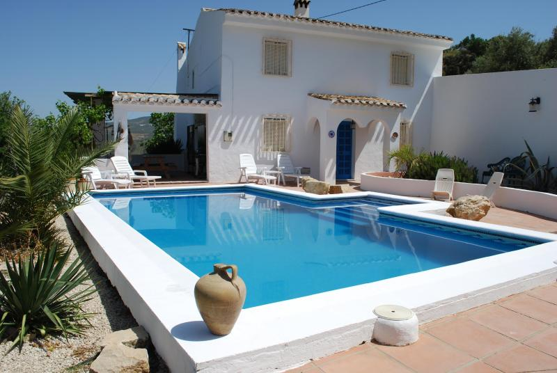 4 bedroom Country villa in Rural Andalucia, Spain - Image 1 - Iznajar - rentals