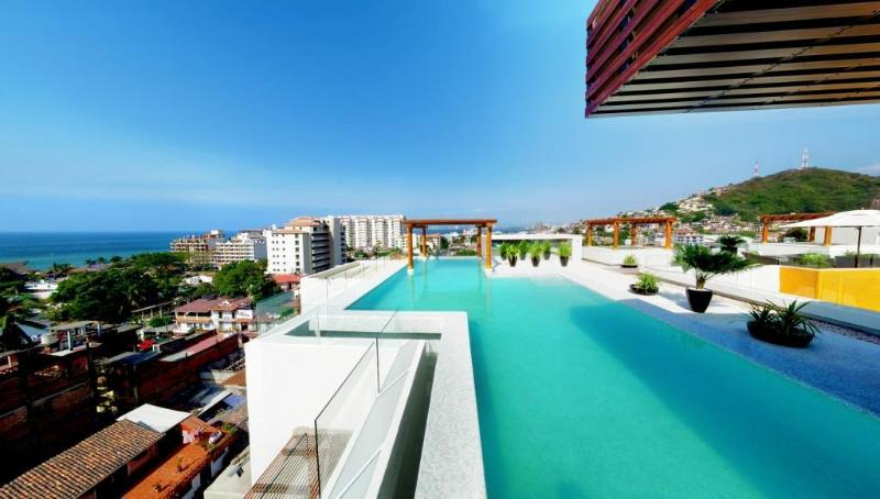 roof top heated infinity pool - STYLISH & BEAUTIFUL CONDO AT V399 IN PVR!!! - Puerto Vallarta - rentals