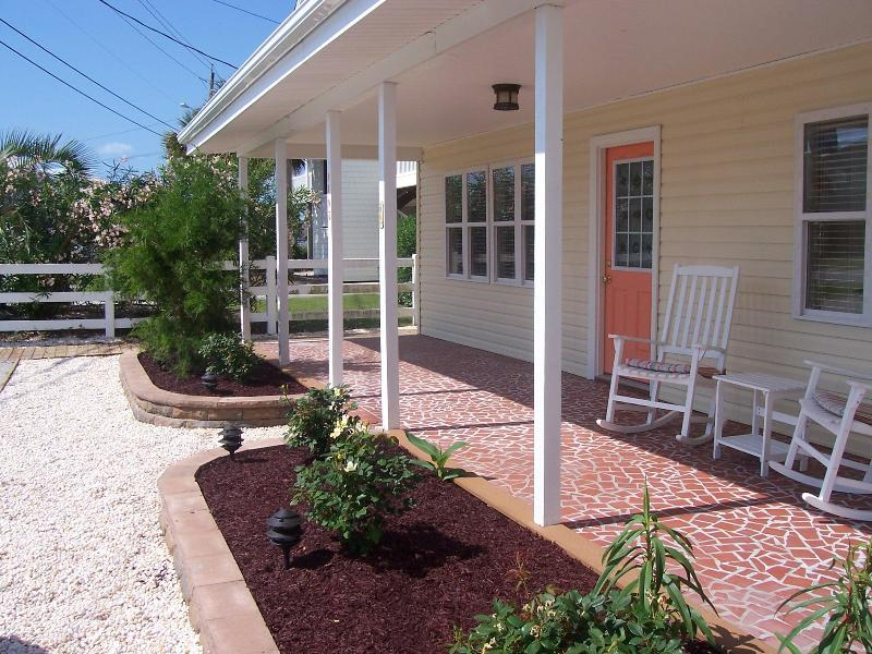 Veranda - Simple Pleasures, Second Row, Easy Beach Access - Kure Beach - rentals
