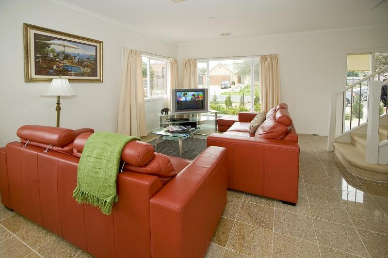 City Condo Melbourne - 15 min to City CBD - Image 1 - Melbourne - rentals