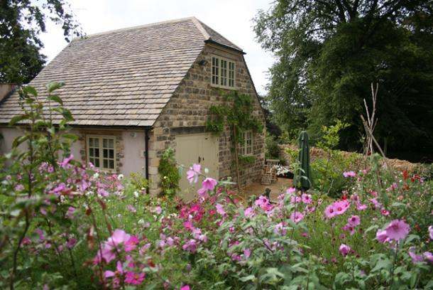 Luxury 2 Bed Cottage in the Heart of the Cotswolds - Image 1 - Stroud - rentals