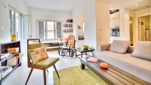 Beautiful Bauhaus apartment - Near Rothschild Blv - Image 1 - Tel Aviv - rentals