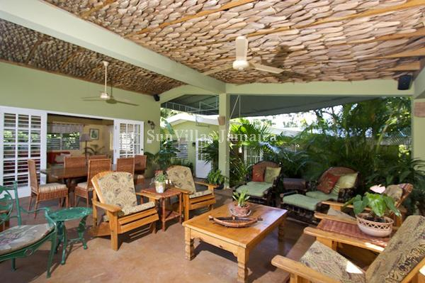 Linga-Awile - Discovery Bay 3 Bedrooms - Image 1 - Discovery Bay - rentals