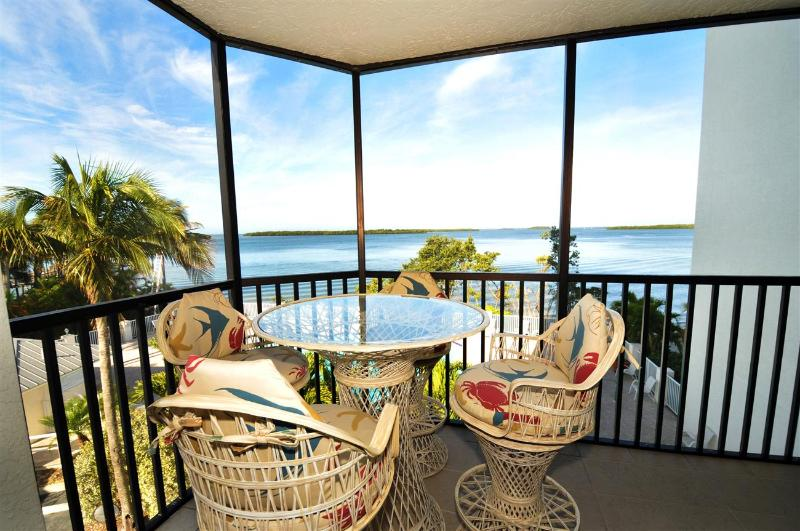 Bay View Tower #231 - Sanibel Harbour Resort - Image 1 - Fort Myers - rentals