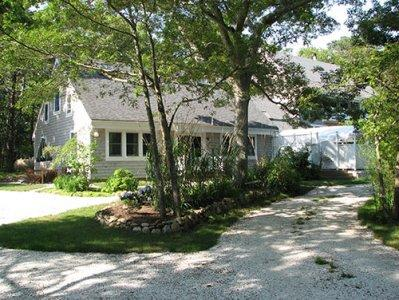 1614 - CHARMING CONDO WITH BEAUTIFUL CATHEDRAL CEILINGS - Image 1 - Vineyard Haven - rentals