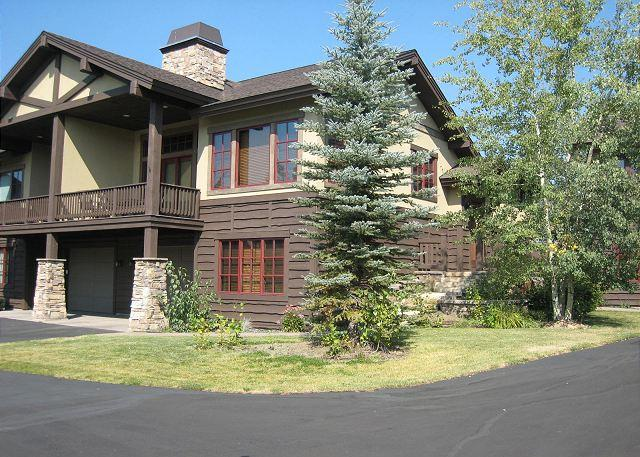 Front View - Luxury townhome short walk to Payette Lake and Downtown - McCall - rentals