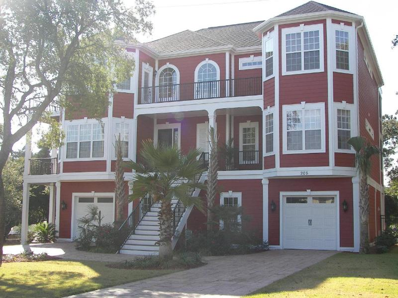 Million $ Luxury Vacation Home w/ Great Oceanview - Image 1 - North Myrtle Beach - rentals