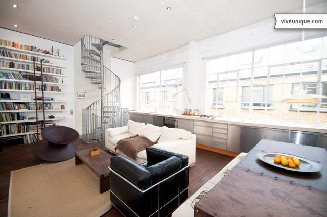 Artistic Mews House with terrace, Dalston - Image 1 - London - rentals