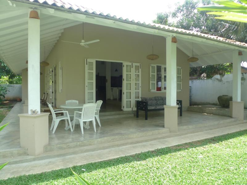 Hibiscus Cottage - Hibiscus Cottage: peaceful, stylish house & garden - Unawatuna - rentals