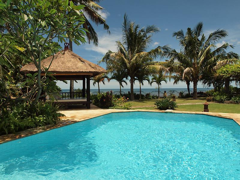 Villa Pantai - Luxury and Spacious Beach Villa - Image 1 - Lovina - rentals