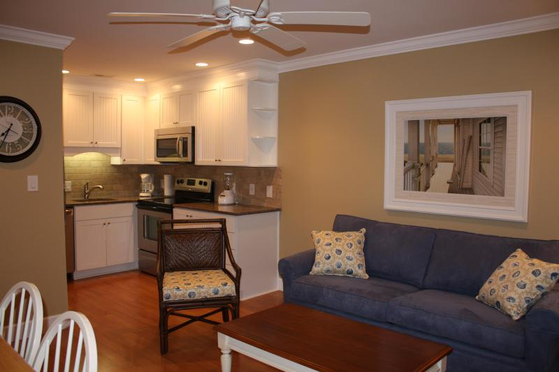 Comfortable seating for 4 people - 315 Breakers Oceanfront Condo Remodeled 2012 - Hilton Head - rentals