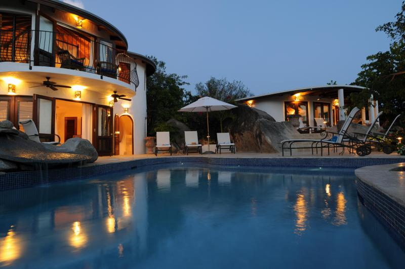 On the Rocks - night view - On the Rocks Villa-stay 7 pay 5 summer / Fall Season- Official Site - Spanish Town - rentals