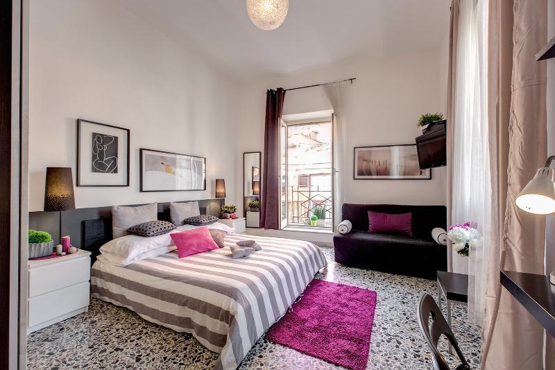 Delicious Apartment in Campo dei Fiori area - Image 1 - Rome - rentals