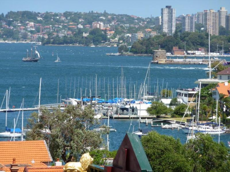 View from apartment - Sydney Harbour Views - Kirribilli Studio Apartment - Sydney - rentals