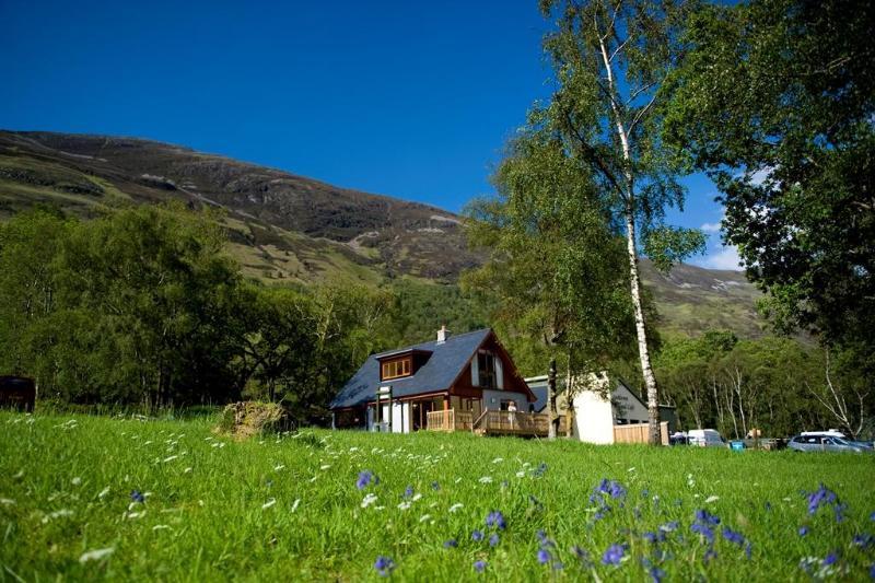 Lochleven Seafood Cottage - Image 1 - Onich - rentals