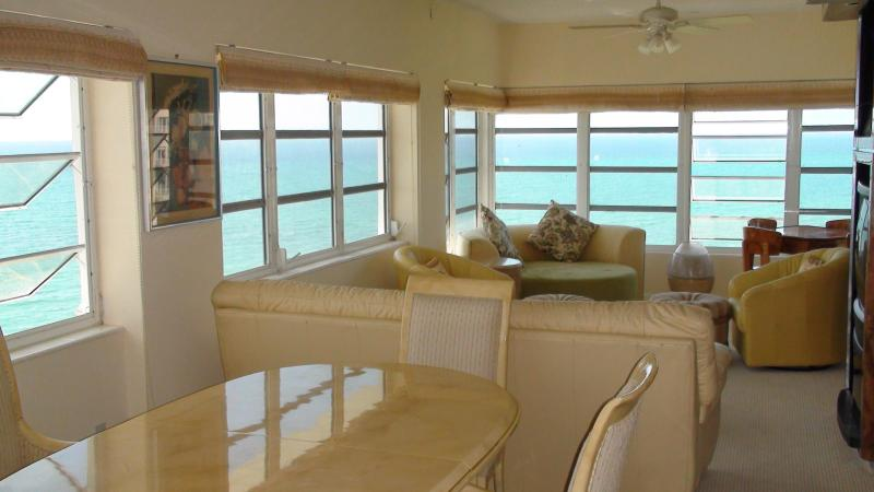 Large living room with ocean view - Lucaya Riviera  Towers 2 Bedroom Panhouse on Beach - Freeport - rentals