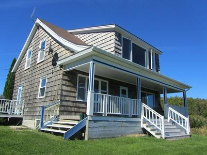 Shipwrights Cottage in Gunning Cove sleeps 6 comfortably - Shipwrights Cottage - Shelburne - rentals