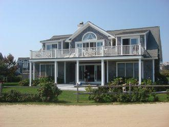 5 Bedroom 3 Bathroom Vacation Rental in Nantucket that sleeps 10 -(10117) - Image 1 - Nantucket - rentals