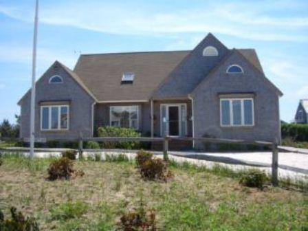 4 Bedroom 4 Bathroom Vacation Rental in Nantucket that sleeps 8 -(10115) - Image 1 - World - rentals