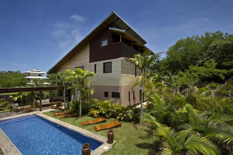 Woodbox luxury beach villa on Costa Rica's Gold Coast/Playa Junquillal, Guanacaste - Woodbox Luxury Beach Villa - World Famous Surfing! - Playa Junquillal - rentals