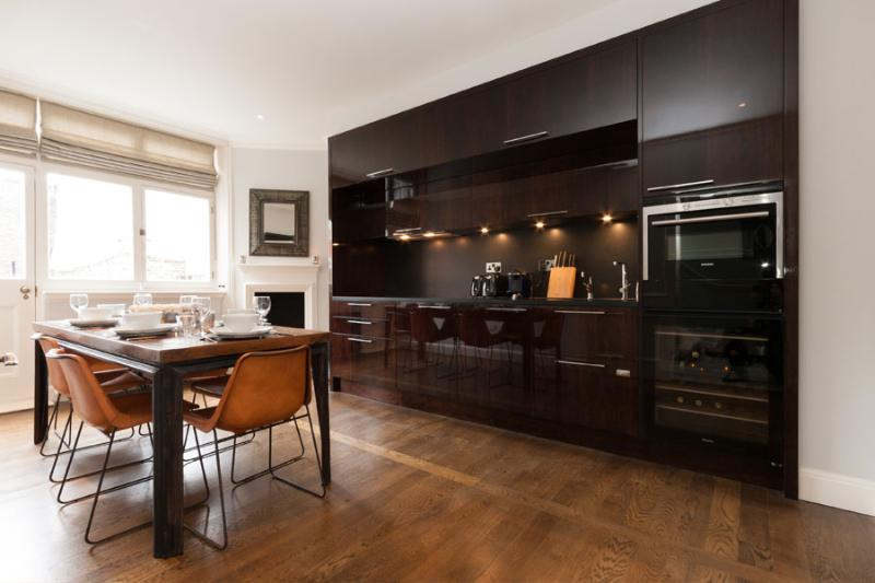 Luxury 2 bedroom Penthouse in the Heart of Mayfair - Image 1 - London - rentals