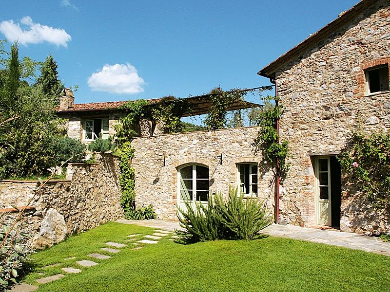Beautiful Tuscan Villa with Pool on a Hillside with Wonderful Views  - Casa - Image 1 - Monsagrati - rentals