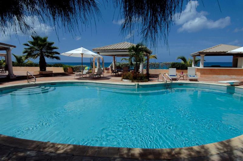 Les Trois Jours at Terres Basses, Saint Maarten - Beachfront, Pool, Perfect For Outdoor Entertaining - Image 1 - Terres Basses - rentals