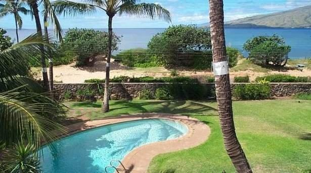 Yard, pool, and view of the ocean - Tropical Oceanfront Estate-Pool, on 2/3 acre - Kihei - rentals
