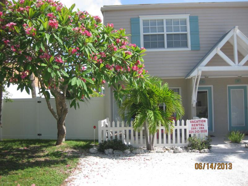 Front View of Townhome - ISLAND TOWNHOUSE - 200 Steps to the BEACH - Holmes Beach - rentals