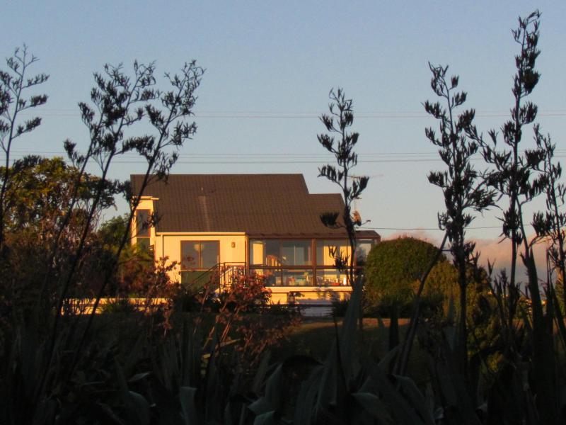 Atatu Beach House - Atatu Beach House in Nelson- Abel Tasman - Nelson - rentals