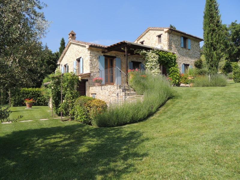 La Torretta and veranda - Luxury private villa with swimming pool - Perugia - rentals