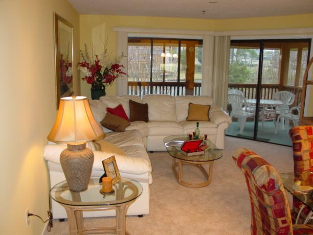 Living Room - Beautiful Condo In Kingston Plantation  Resort- - Myrtle Beach - rentals