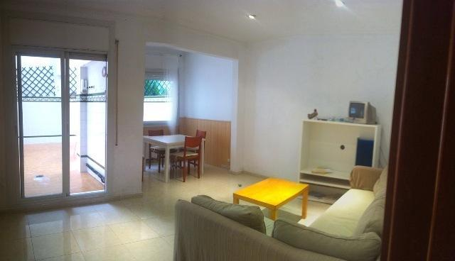 Living room and terrace view - 2 bedrooms+Terrace in Barcelona center (Gracia) - Barcelona - rentals