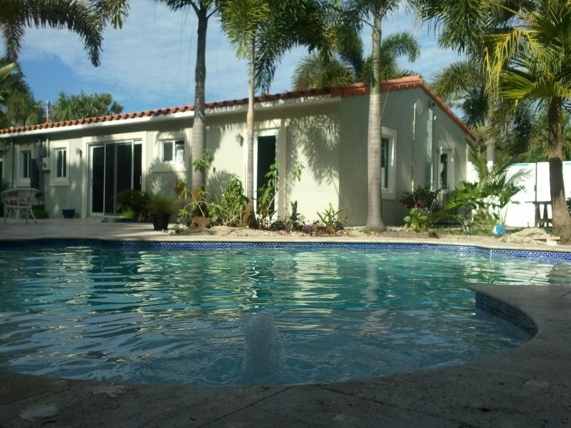 La Casa On Tenth: Private Pool and tropical oasis - Image 1 - Wilton Manors - rentals
