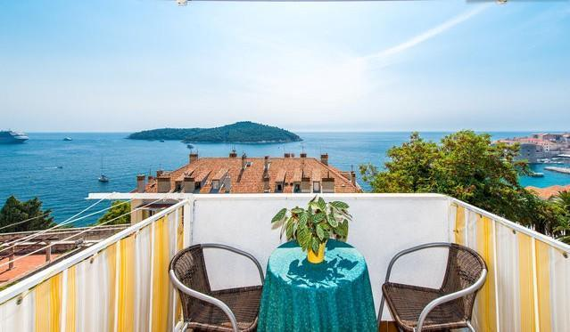 2-bedroom condo/splendid sea and Old Town view - Image 1 - Dubrovnik - rentals