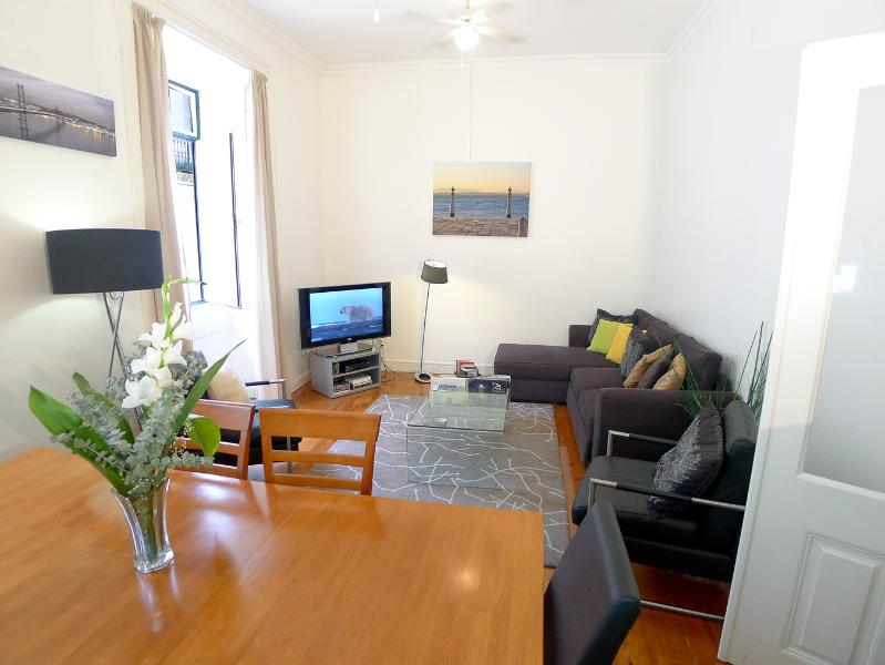 CR1 - Exquisite city living in Lisbon's center - Image 1 - Lisbon - rentals
