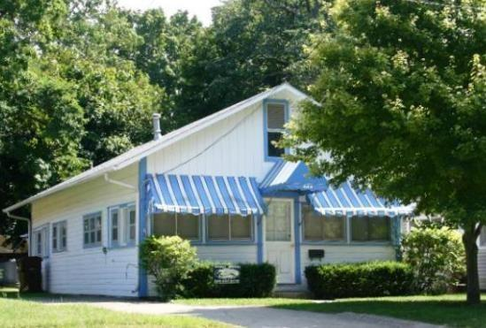 Park Place - Park Place - Weekly stays begin on Fridays - South Haven - rentals