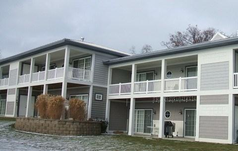 Welcome - Mariners Cove 10 - Weekly stays begin on Saturdays - South Haven - rentals