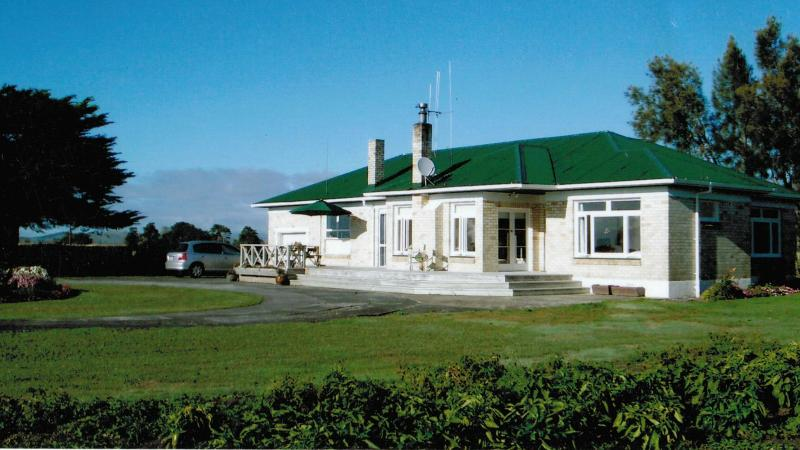 Ellie's comfortable country home - Miranda Homestead Bed & Breakfast, Seabird Coast - Thames - rentals