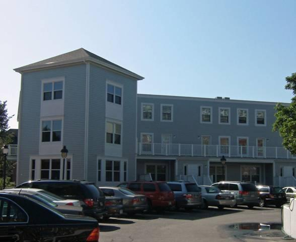 Building Exterior - 2 Bedroom Townhouse Downtown Portsmouth, NH - Portsmouth - rentals