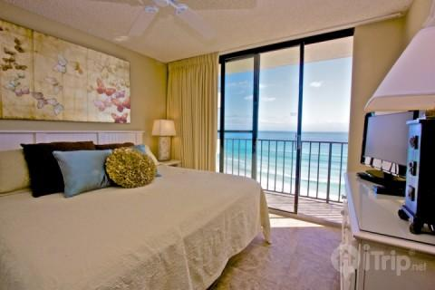 705 One Seagrove Place w/ Courtyard Living - Image 1 - Seagrove Beach - rentals