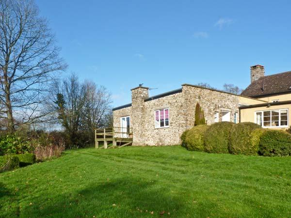 OLD FORD FARM ANNEXE, character holiday cottage, with a garden in Honiton, Ref 12053 - Image 1 - Honiton - rentals