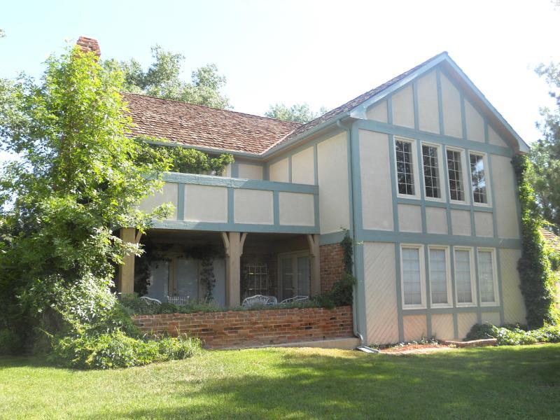 Front View - Broadmoor English Tudor - Book Summer Now $325.00! - Colorado Springs - rentals