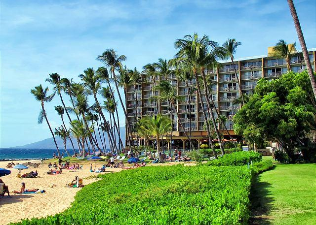 FALL SPECIALS! Ocean View Air-Conditioned 2-Bedroom at Ocean Front Resort - Image 1 - Kihei - rentals