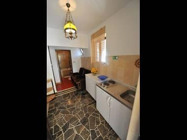 A2(2+1): kitchen - 3185  A2(2+1) - Omis - Central Dalmatia - rentals