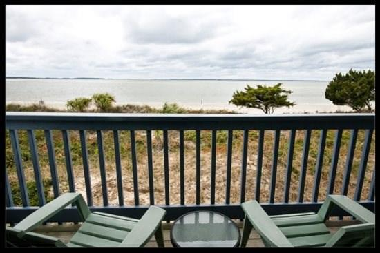 balcony - Donna`s Dolphins - Tybee Island - rentals