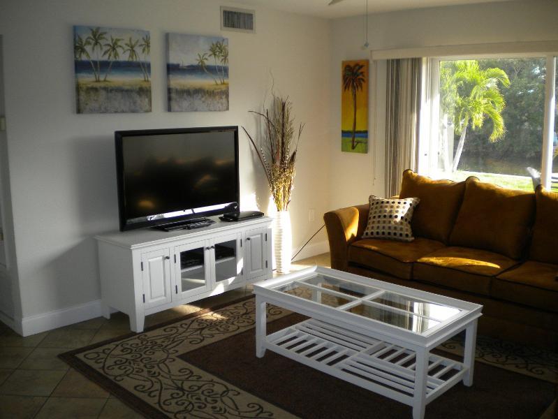 Stay on Siesta - Tropical Retreat - Image 1 - Siesta Key - rentals
