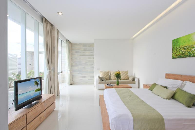 Large Bedroom overlooking Pool - NIKAYA - SMART, CONTEMPORARY 2 BED POOL VILLAS - Legian - rentals